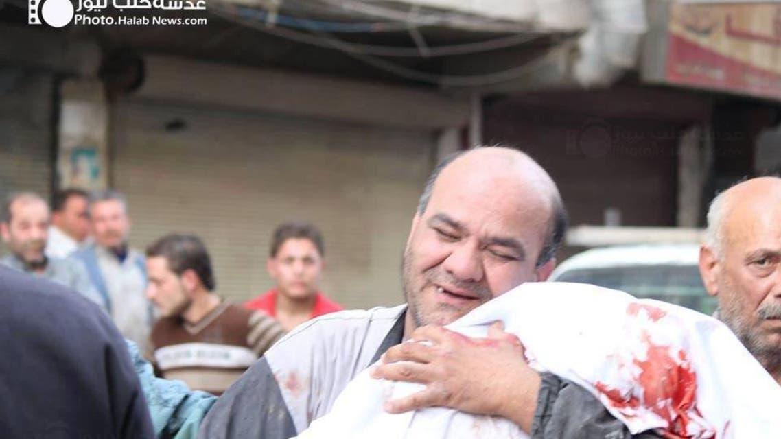 ضحايا وآثار سقوط براميل متفجرة في حلب