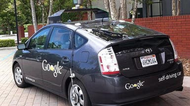 """""""غوغل"""" تختبر سيارة بلا سائق وسط شوارع المدن"""