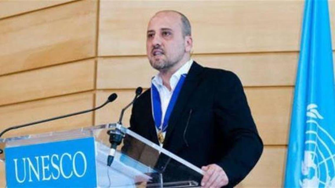 الصحفي التركي أحمد شيخ المطلوب