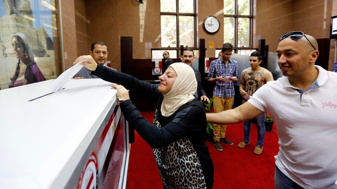 مصريون ينتخبون في دبي الانتخابات المصرية