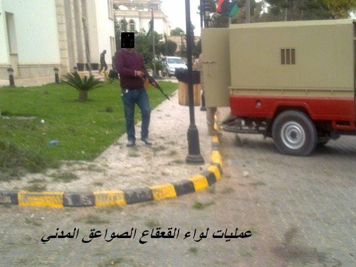 الصور الأولى لاقتحام بنغازي ليبيا