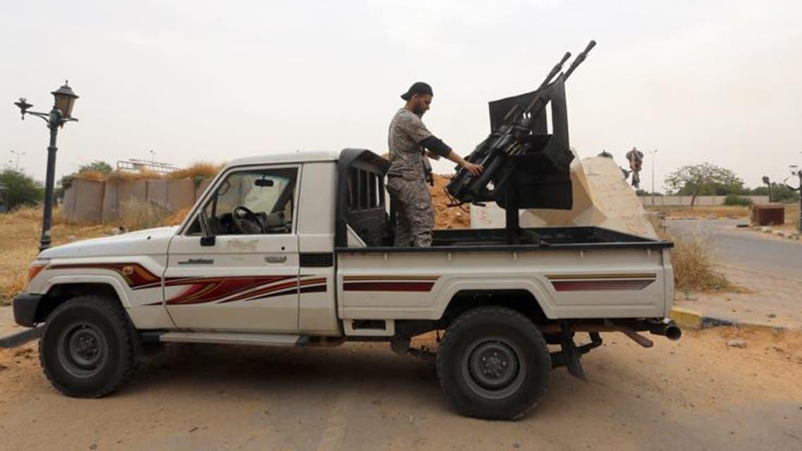 ليبيا.. قاعدة طبرق وقوات الصاعقة ببنغازي تدعم حفتر
