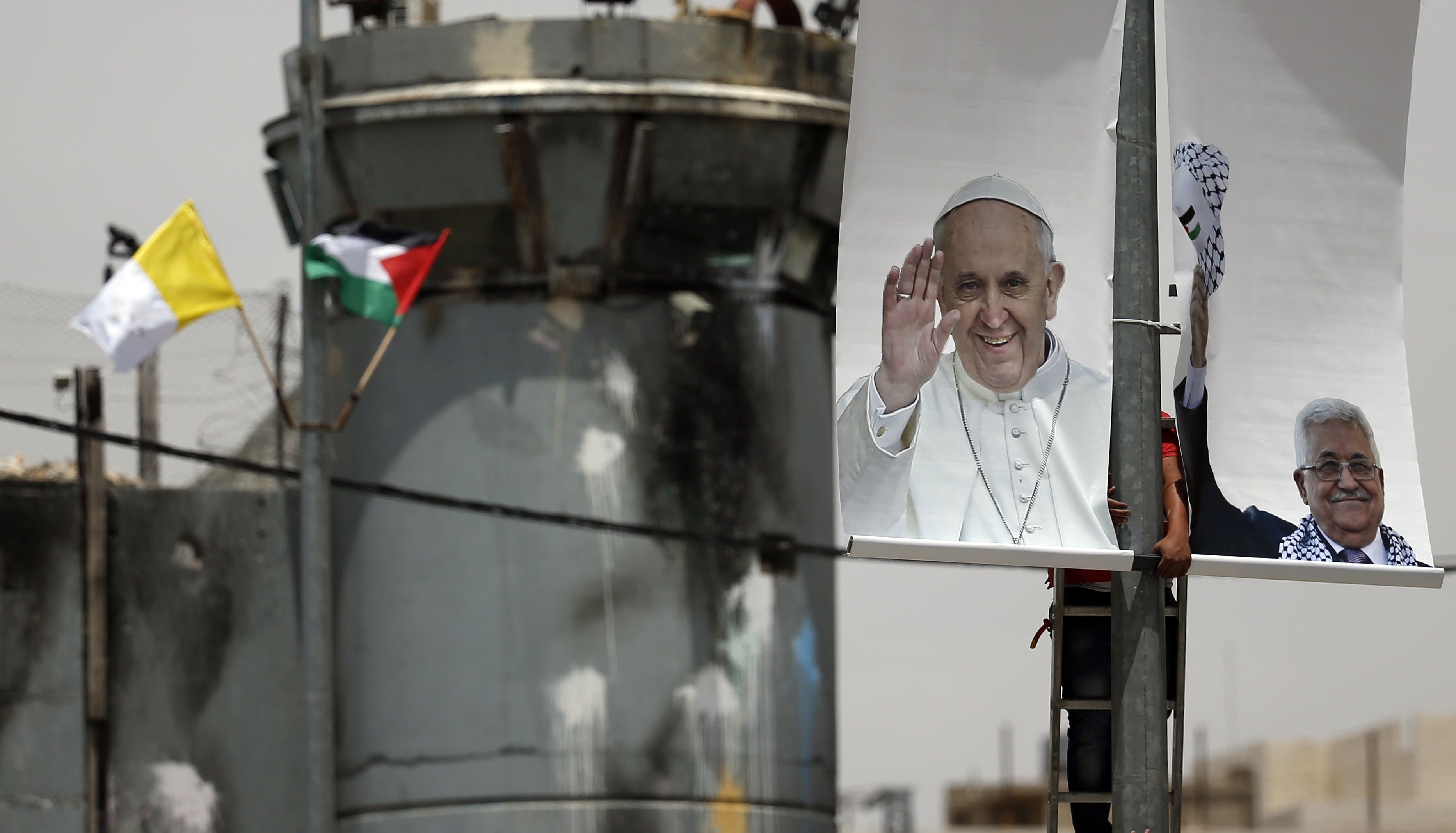 Palestinians gear up for Pope's visit