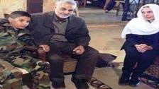 جنرل ہلال اسد کے لواحقین سے ایرانی کمانڈر کی تعزیت