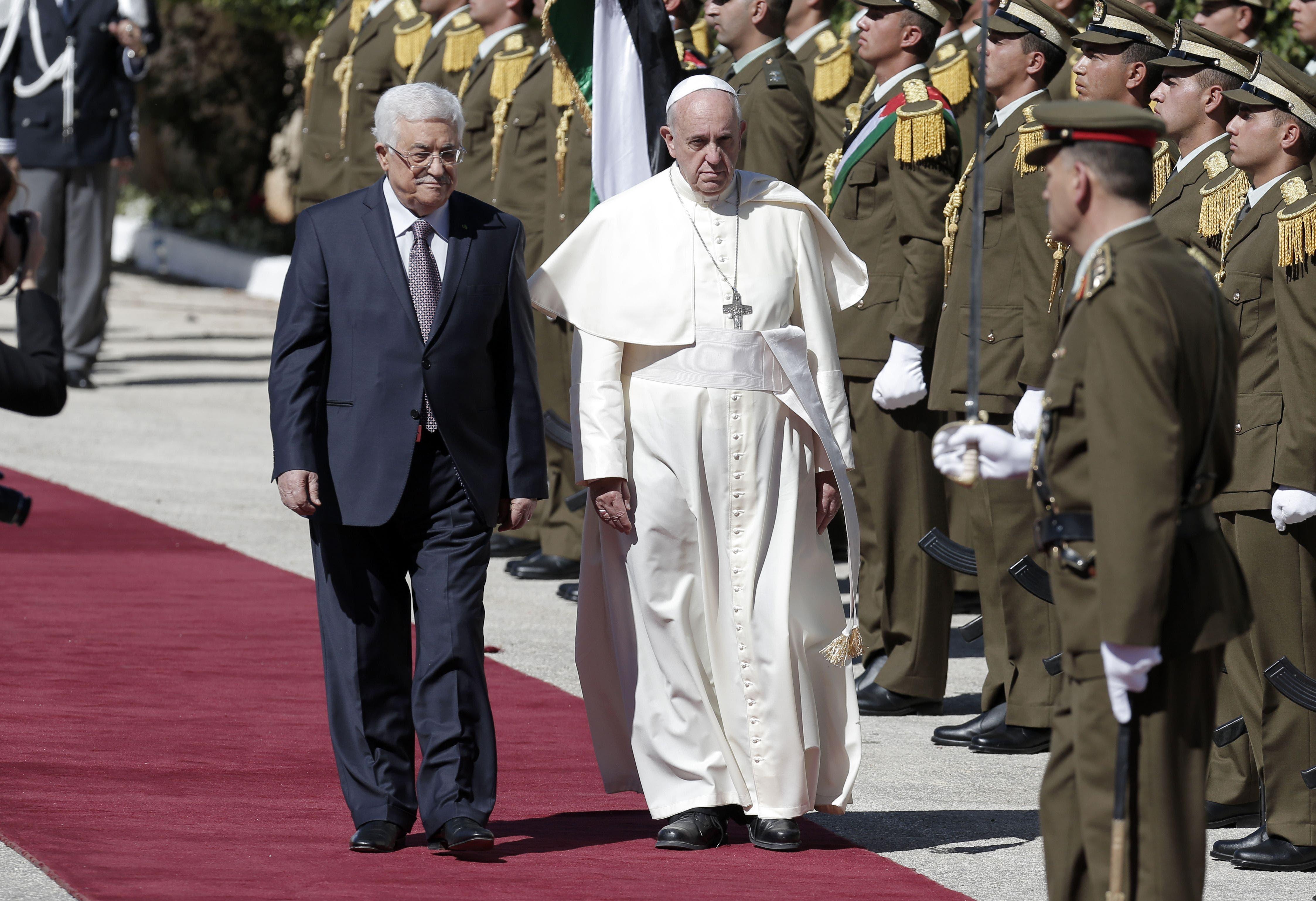 Pope arrives in Bethlehem