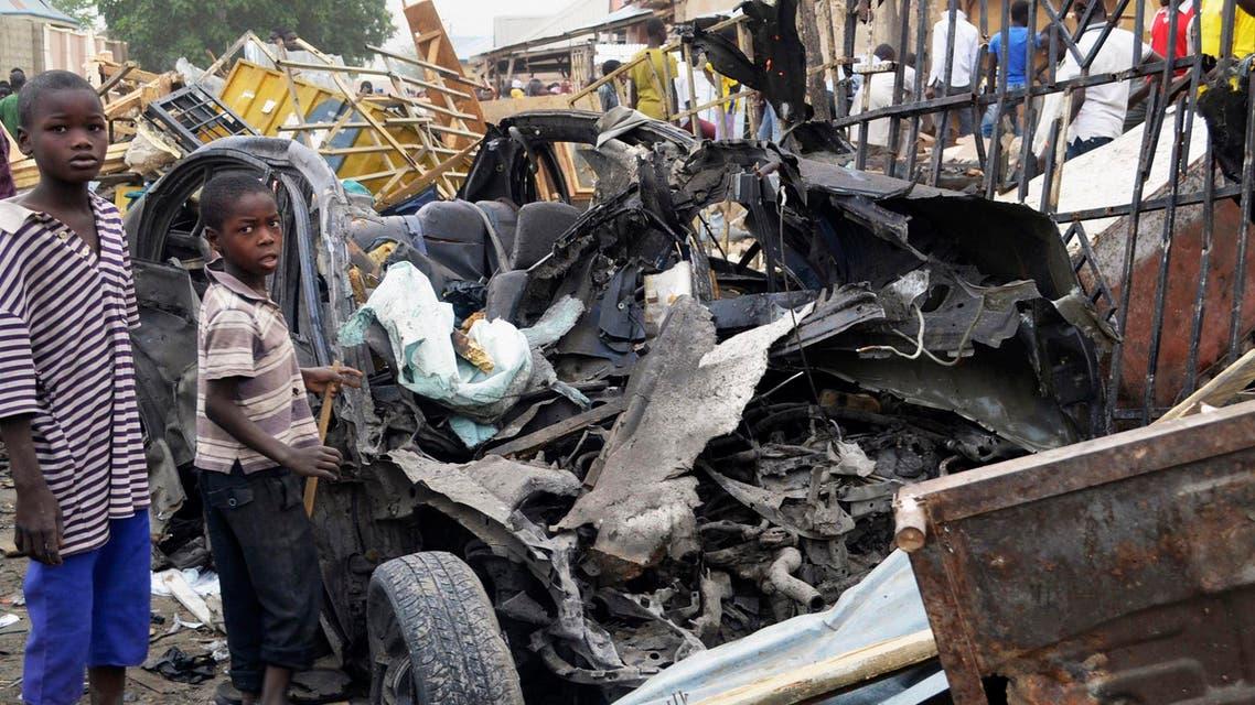 بقايا سيارة تم تفجيرها بواسطة جماعة بوكوحرام في نيجيريا
