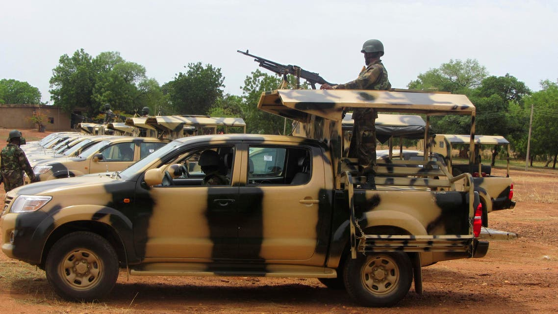 A soldier from Lagos, part of an expected 1,000 reinforcements sent to Adamawa state to fight Boko Haram Islamists, operates a weapon on top of a truck. (File photo Reuters)