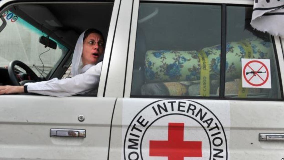 سيارة تابعة للصليب الأحمر الدولي في ليبيا