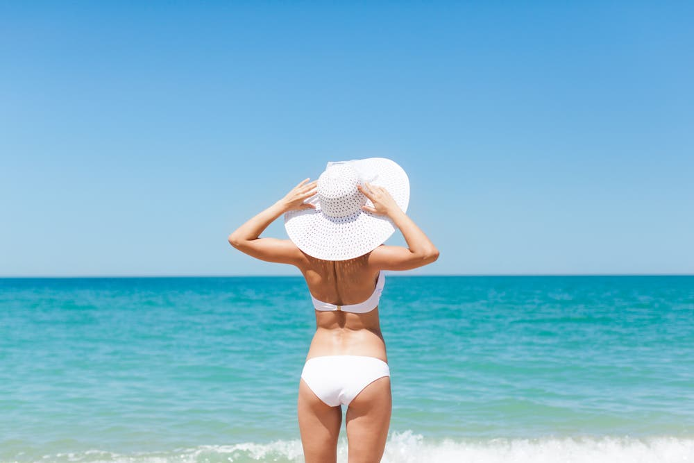 Wow the crowd: swimsuit style tips for a glamorous beach ...