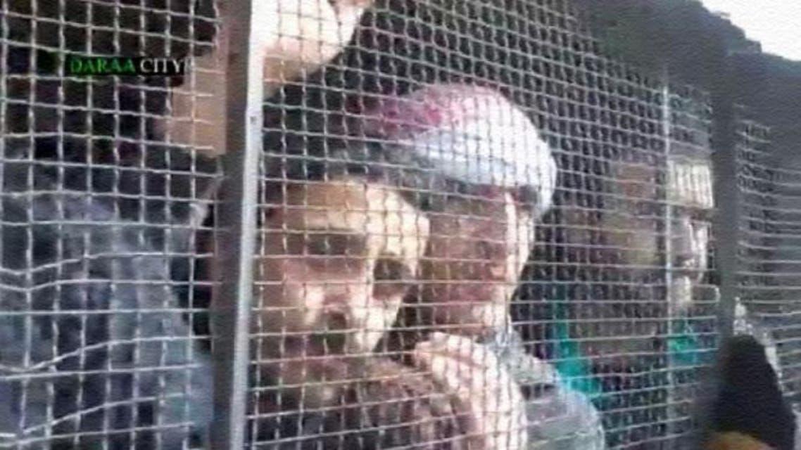 معتقلاً سياسياً يأملون الخروج من سجون الأسد