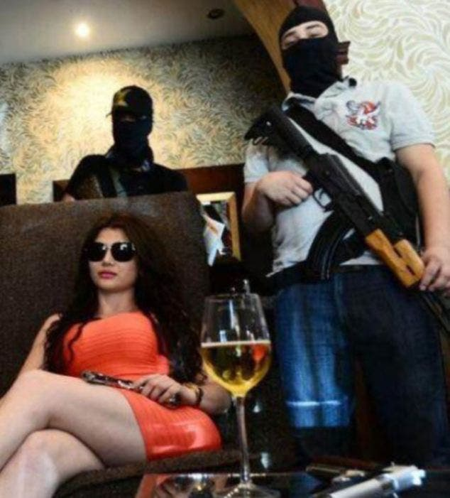 كيم كارديشيان المكسيكية زعيمة عصابة
