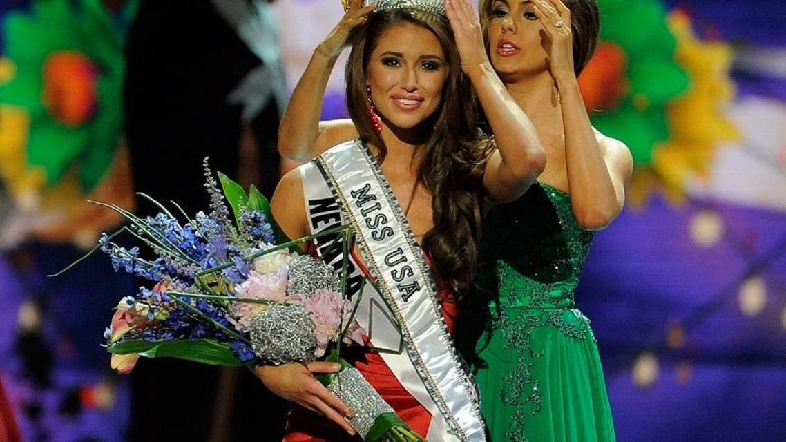 Miss Nevada Nia Sanchez is crowned Miss USA during the 2014 Miss USA Competition at The Baton Rouge River Center on June 8, 2014 in Baton Rouge, Louisiana. (AFP)