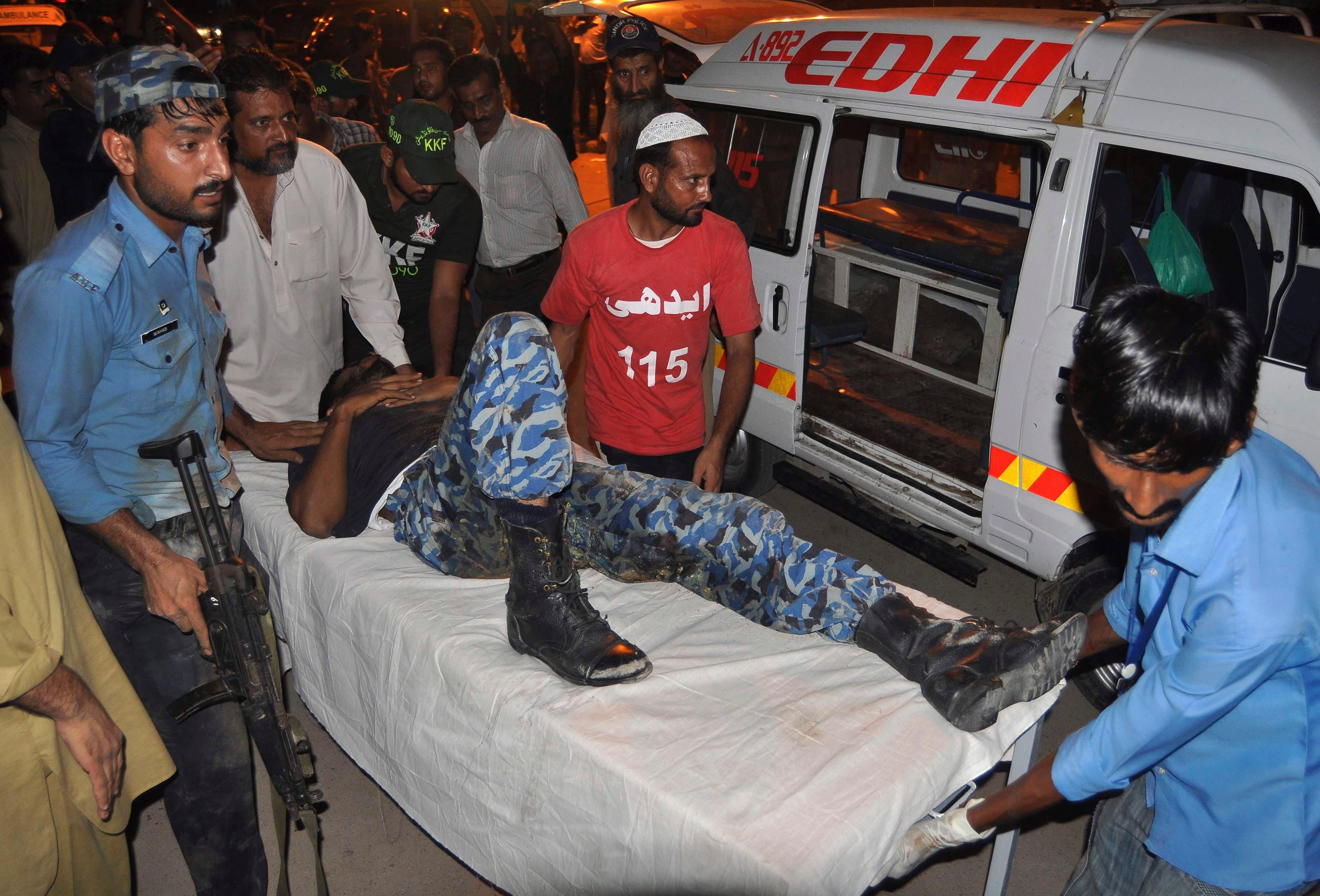 جوم لطالبان على مطار كراتشي5