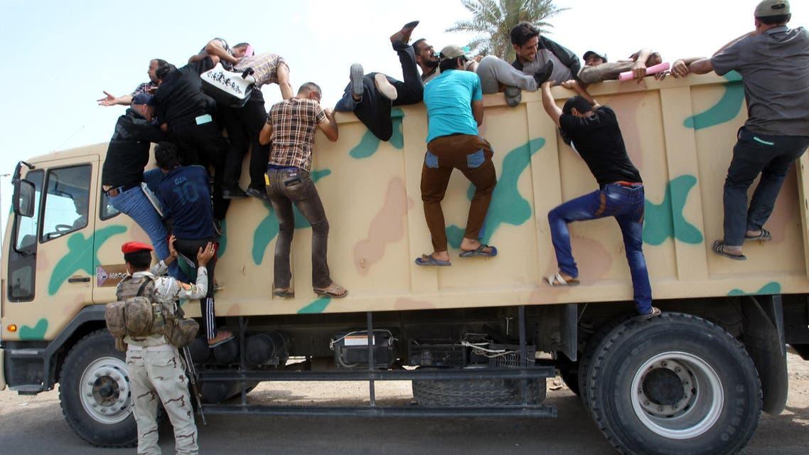 Iraqis prepare to battle ISIS militants