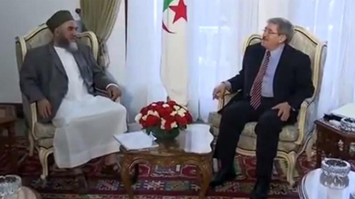 قائد الجناح العسكري لجبهة الإنقاذ يطالب بإعادة الاعتبار للحزب المحظور