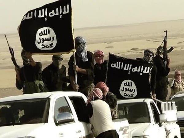 إصابة قائدين من داعش بقصف سوري للقائم العراقية