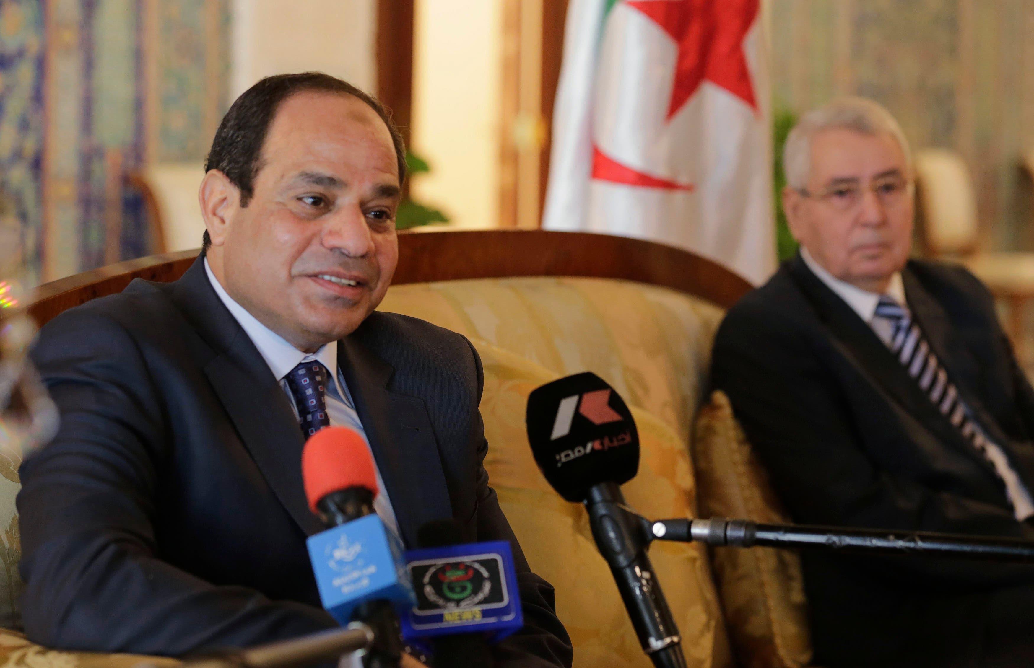 السيسي في الجزائر