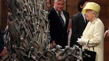 """Queen Elizabeth visits """"Game of Thrones"""" set"""