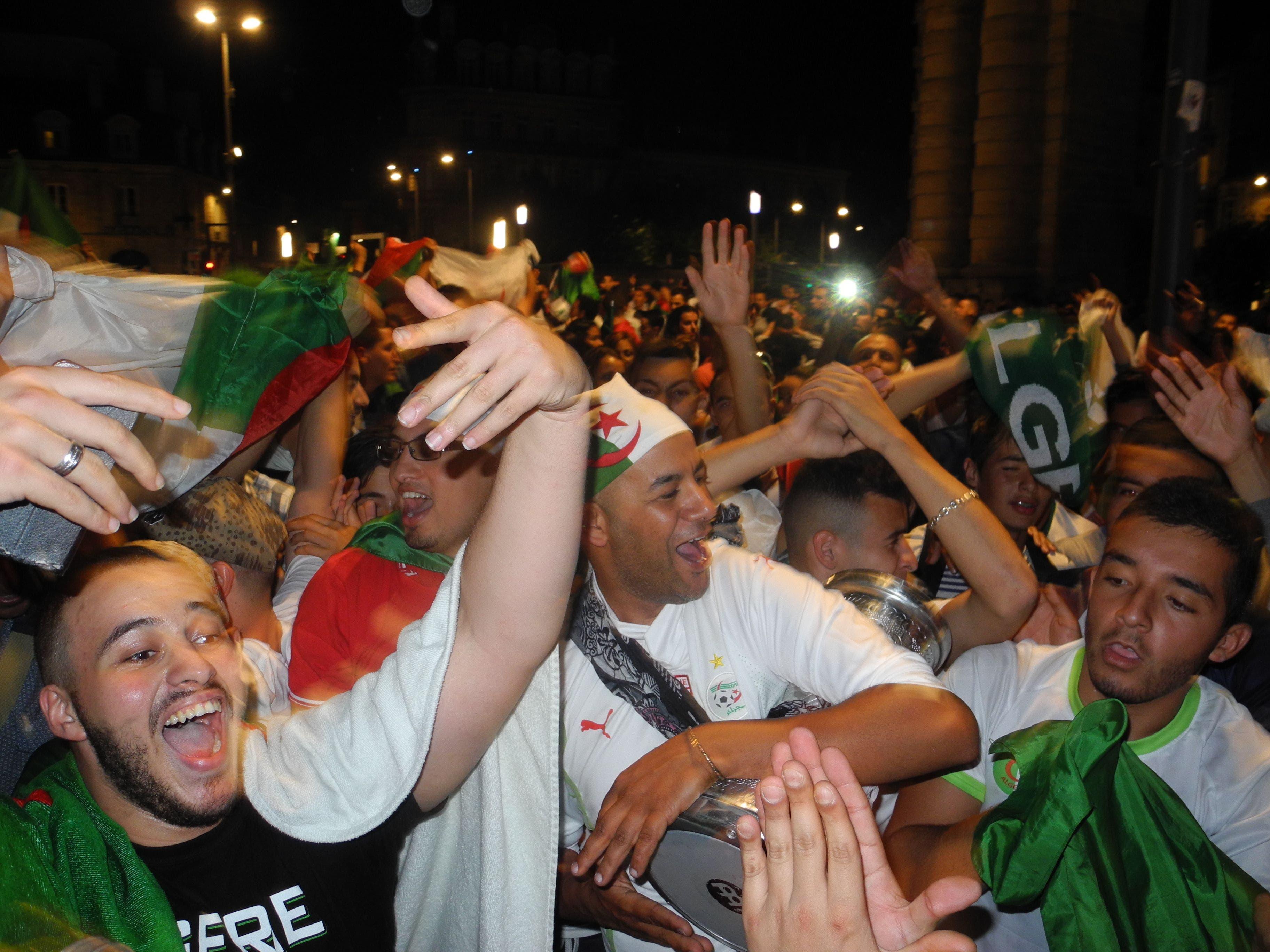 Algerians celebrate progress in World Cup 2014
