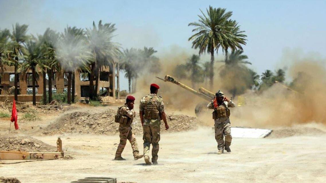 الجيش العراقي يقصف داعش