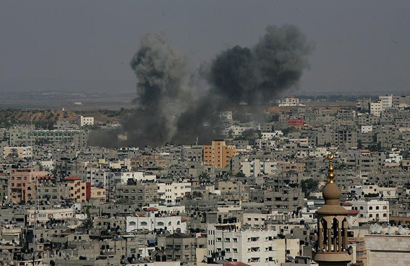 غارة جوية اسرائيلية على منازل المدنيين في غزة
