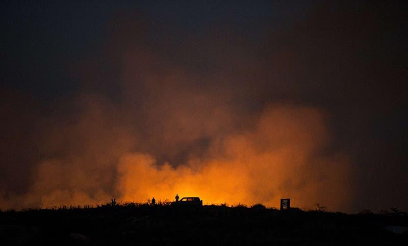 نيران مشتعلة بعد سقوط قذائف من غزة على المستوطنات المحيطة بالقطاع