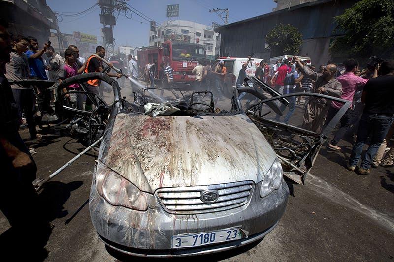 غارة على سيارة فلسطينية في غزة خلفت 3 قتلى