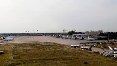 تدافع الركاب لمغادرة ليبيا بعد فتح مطارين صغيرين