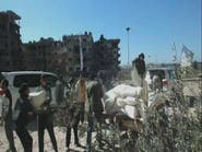 قوافل المساعدات بانتظار قرار الدخول إلى سوريا
