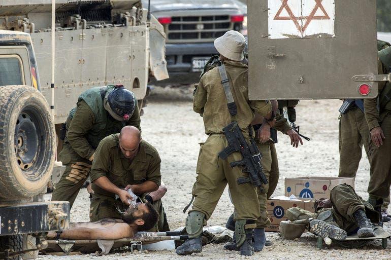 نقل جرحى الجيش الاسرائيلي في معارك غزة