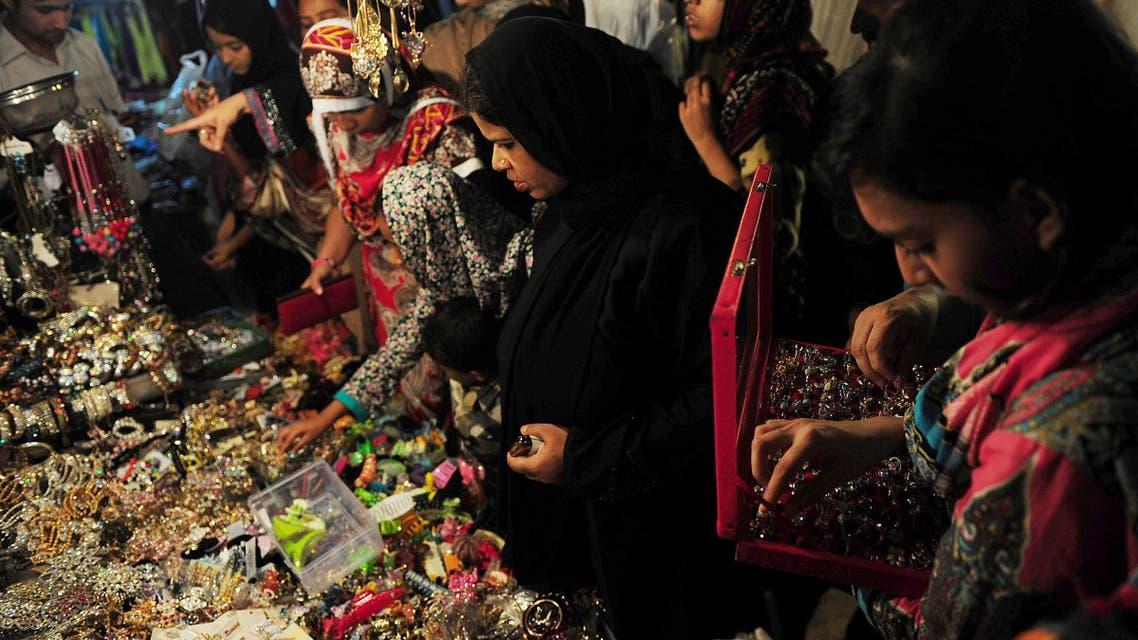 Dress shopping for Eid al-Fitr in Pakistan