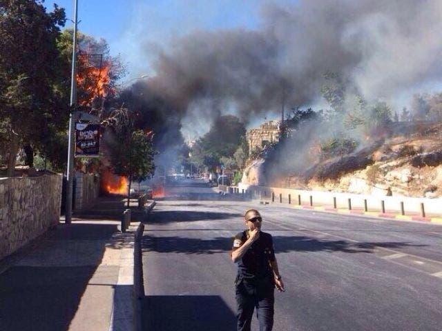 حريق في مستوطنة اسرائيلية بعد سقوط صاروخ اطلق من غزة