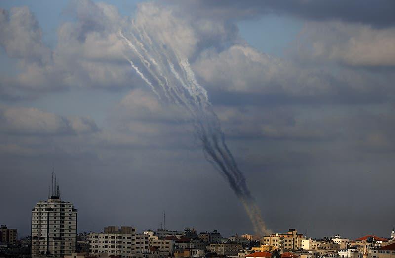 صواريخ فلسطينية تطلق من غزة على اسرائيل