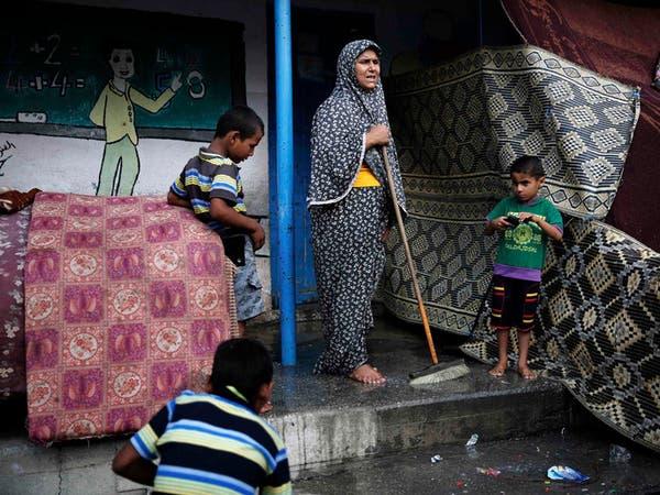 مدرسة للأونروا تغص بنازحي غزة بعد طردهم من منازلهم