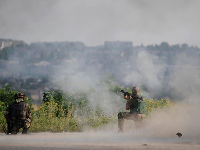 مقتل 10 جنود أوكرانيين في معارك مع الانفصاليين