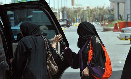 SAUDI-WOMEN-DRIVING-RIGHT-008