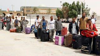 وزير خارجية مصر من تونس: أجلينا 2500 وبقي آلاف