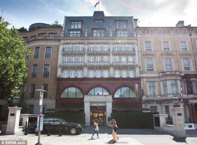 knightsbirdge hotel SWNS