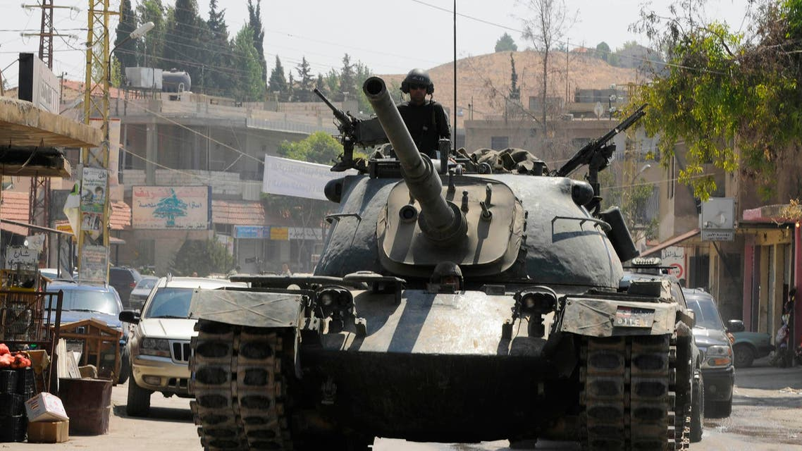 Lebanese Army soldiers on a tank advance towards the Sunni Muslim border town of Arsal, in eastern Bekaa Valley August 7, 2014. (Reuters)