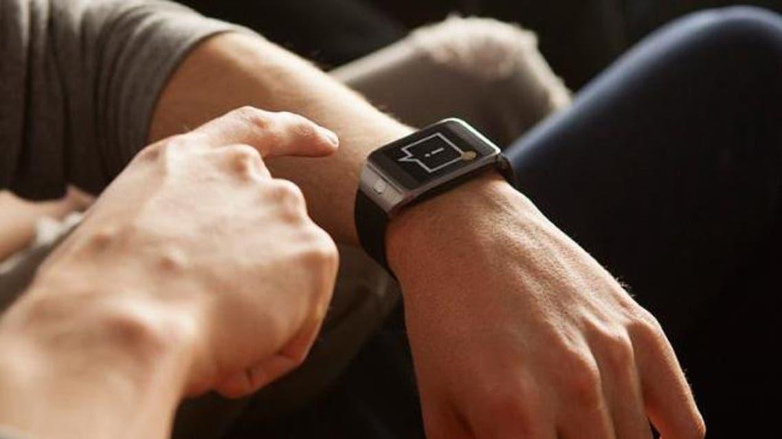 ساسونج تكشف عن ساعتها الذكية Gear Solo بداية سبتمبر