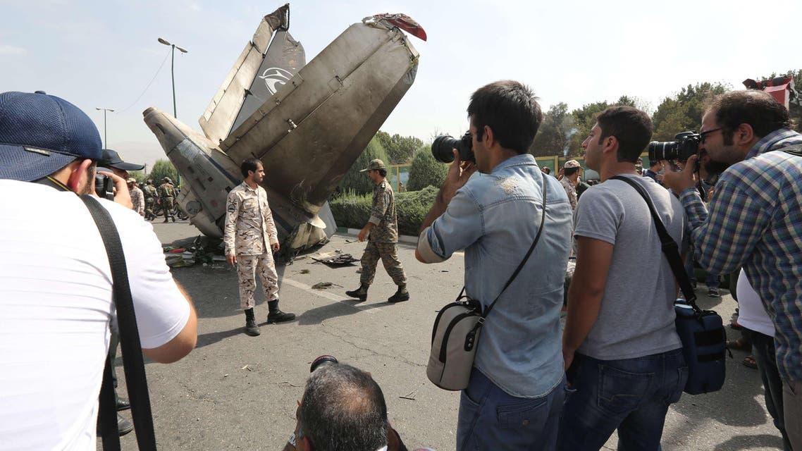 تحطم طائرة إيرانية في إيران