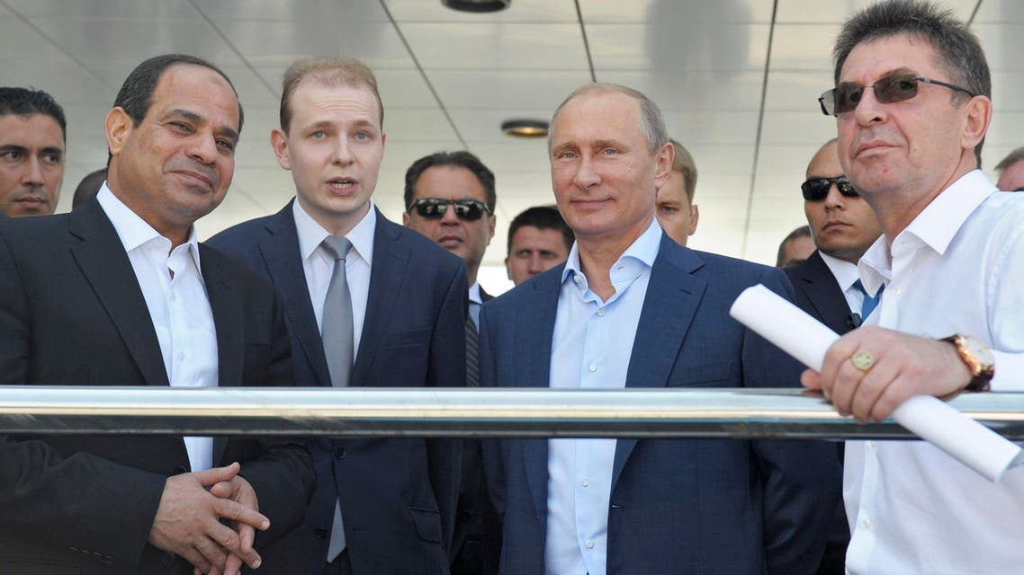 Russia's President Vladimir Putin (2nd R) and his Egyptian counterpart Abdel Fattah al-Sisi (L) visit the Laura Cross-country Ski and Biathlon Center in Sochi, August 12, 2014. Reuters
