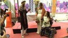 ہم جنس پرست مبلغ ایرانی لڑکیوں کی باہمی شادی کا نکاح خواں