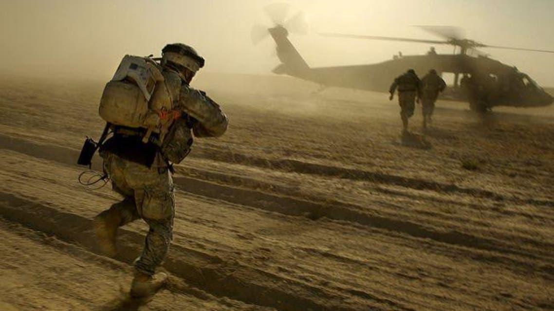 جنود اميركيين في احد القواعد العسكرية في العراق