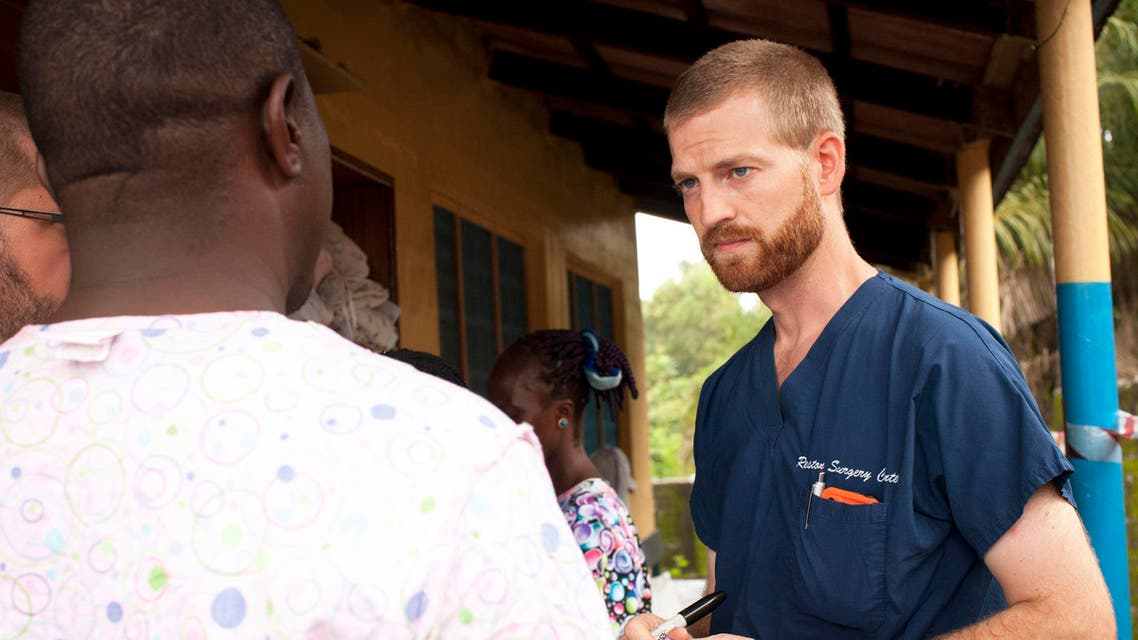 r. Kent Brantly (R) speaks with colleagues at the case management center on the campus of ELWA Hospital in Monrovia, Liberia in this undated handout photograph courtesy of Samaritan's Purse. (Reuters)