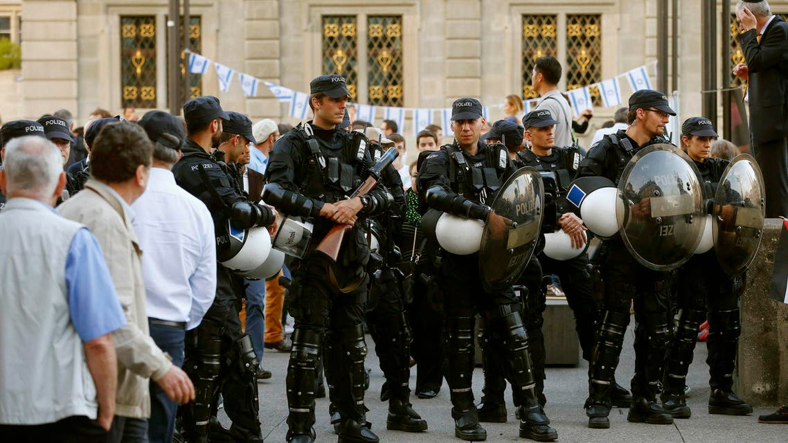 Swiss police Reuters
