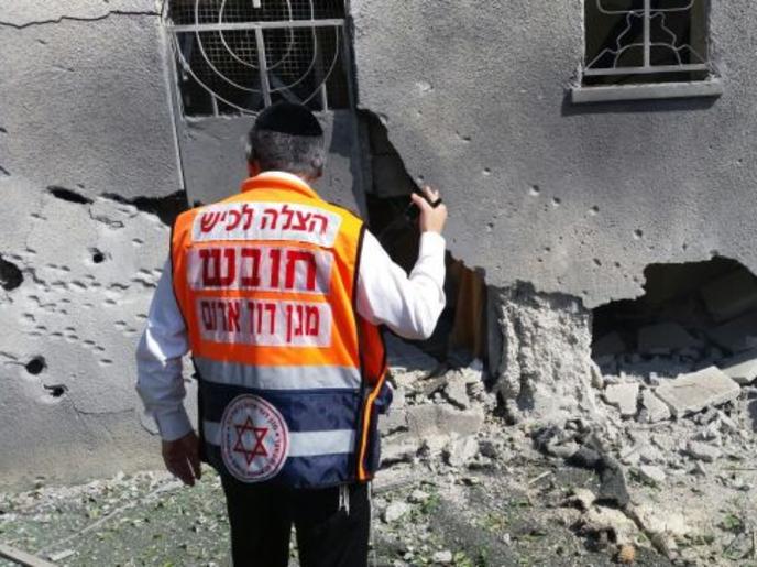 صاروخ أطلق من غزة.. يسقط على معبد يهودي في أسدود