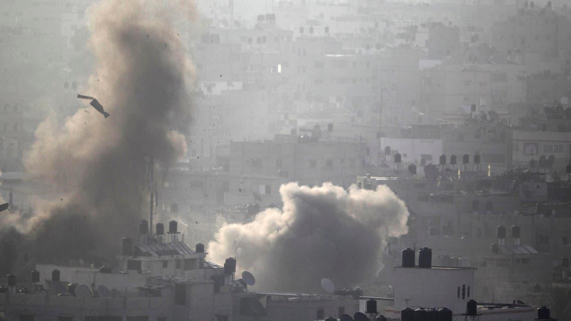 Israeli strikes push Gaza