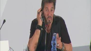 آل باتشينو يأسف للغناء في فيلم عن أحد نجوم الروك