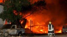السيطرة على حريق مجموعة ورش بجدة